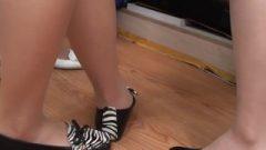 Nylon Feet Close-up (Chinese)