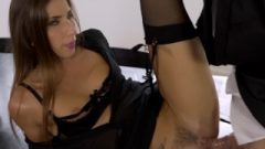 Perfect Fuck And Cum Shot For Clea Gaultier