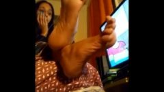 Best Indian Candid Feet (bust Worthy)